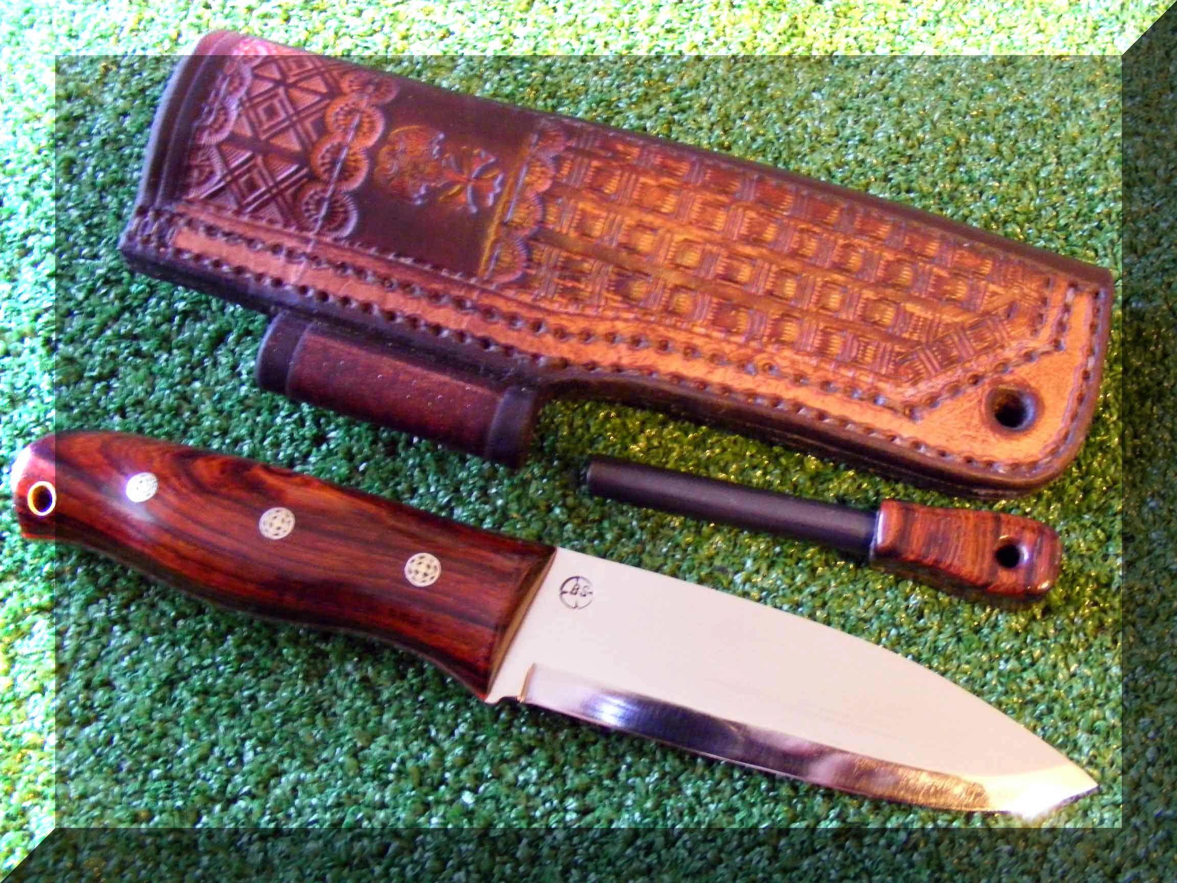 Frenchy S Custom Knives And Sticks Bushcraft Style Knives The